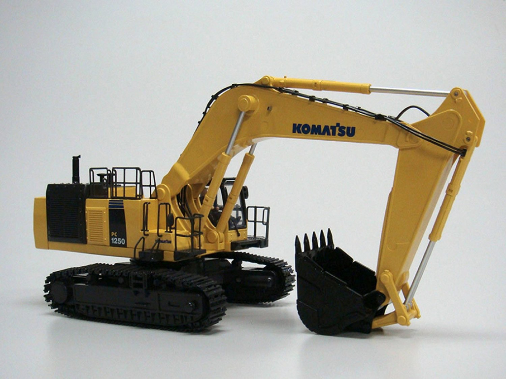 Best RC Excavators for Sale Reviewed | RC Rank